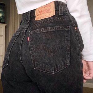 Levi's Vintage Black 550 High Waist Mom Jean | 31